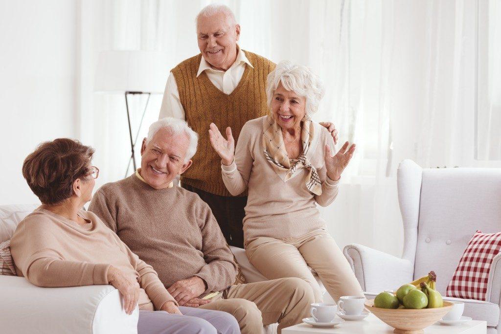 seniors bonding in the living room